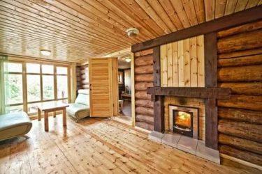 Чем отделать деревянный дом изнутри?