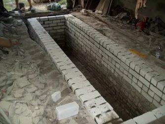 Как выложить яму в гараже из кирпича?